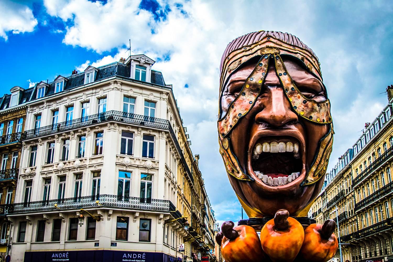 Giant sculptur for the Renaissance event - Lille, France