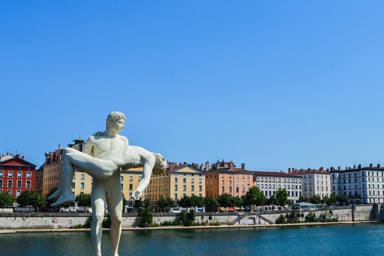 A statue of greek inspiration at the passerelle du Palais de Justice - Lyon, France